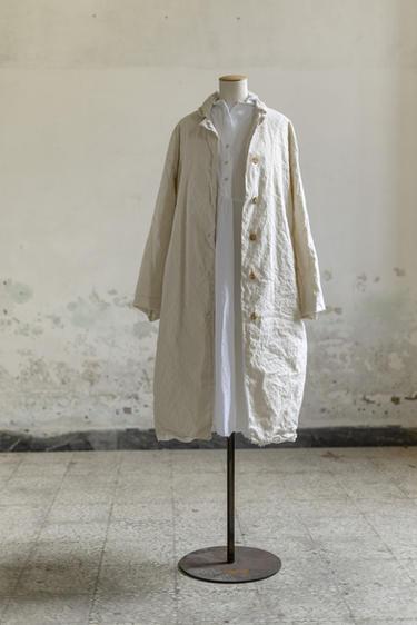21100 - Coat Manila