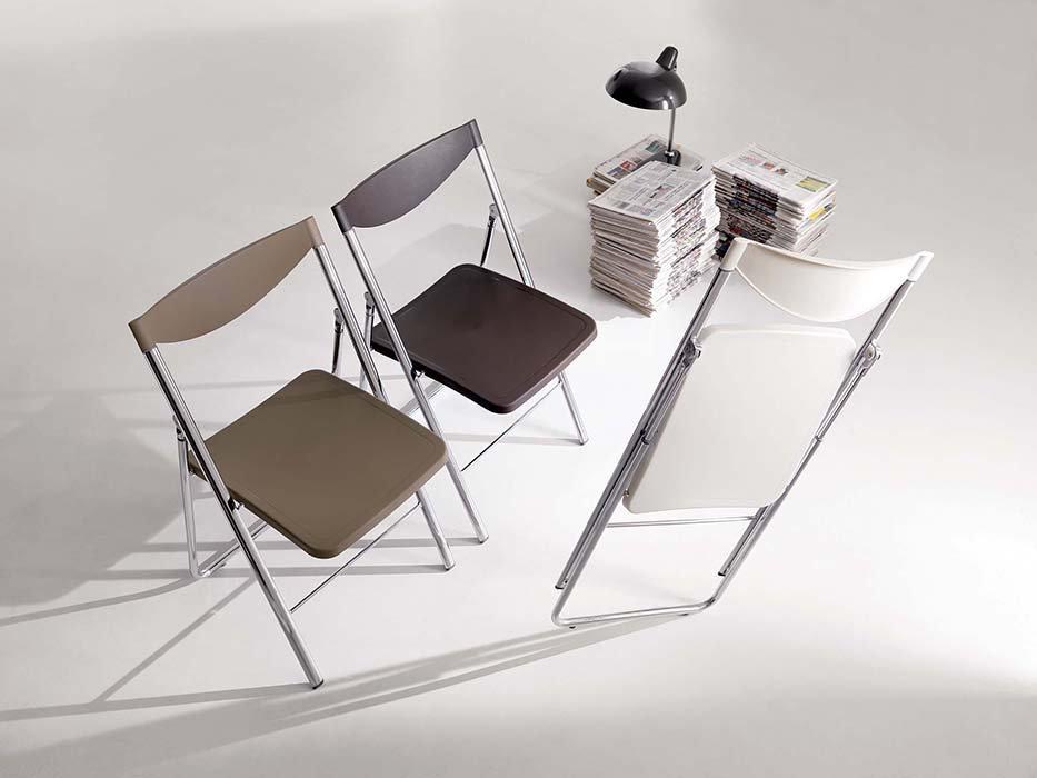 sedia-pieghevole-02[1].jpg