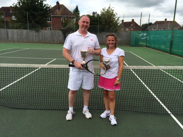 Singles winners Paul and Tanya