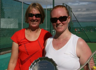 Plate runner-up Gemma & winner Steph