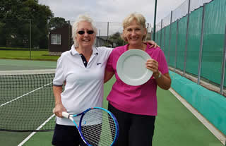 Plate winner Pam with Paula
