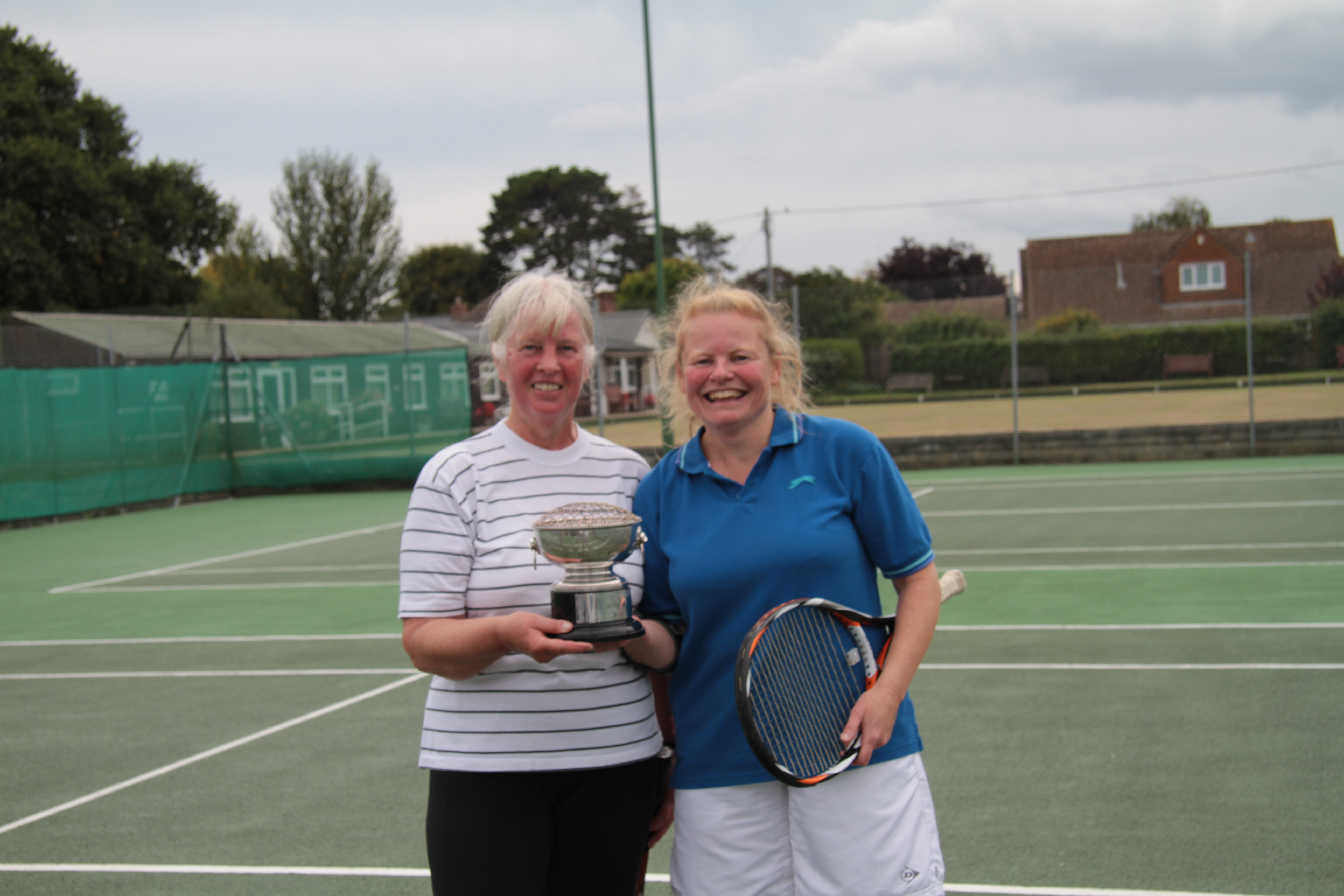 Ladies winners Liz and Zena