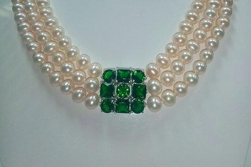 Pearl Necklace with Swarovski