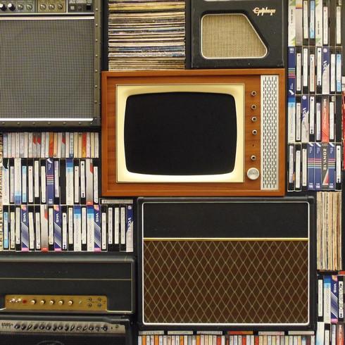 old-tv-1149416_1280.jpg