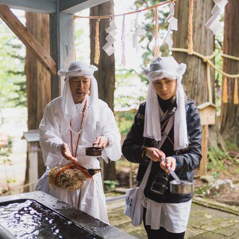 Yamabushi training on Mt. Kinbo.