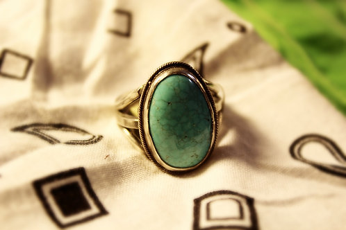 Pale Turquoise 3 Shank Ring Size 9