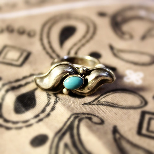 Horizontal Silver and Turquoise Ring Size 7 1/2