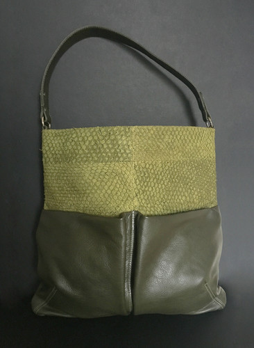 3398754731 Exotic fish leather - Shoulder bag carry all XL olive