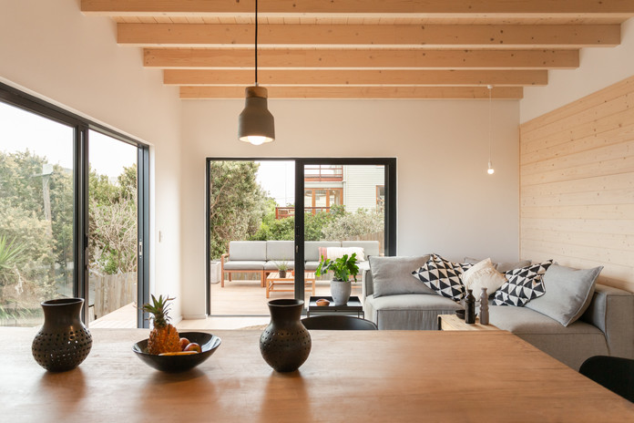 deck appt living room.JPG