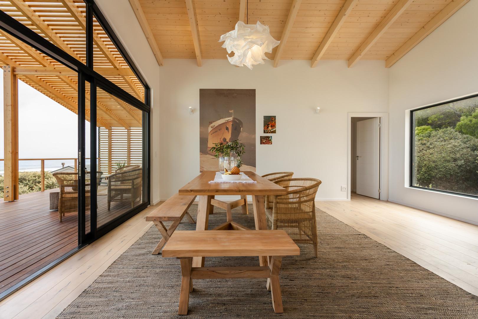 loft appt dining verandah.JPG