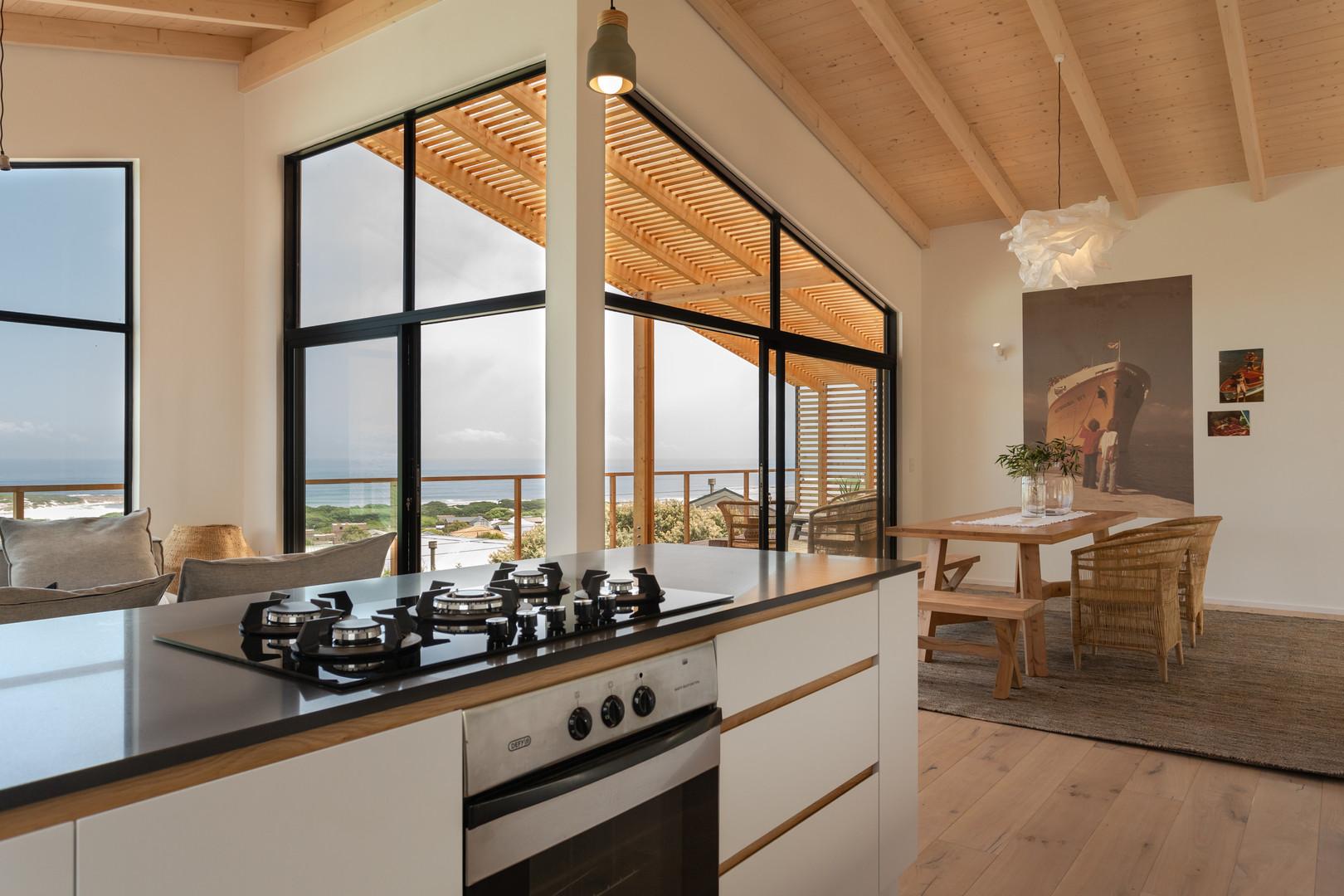 loft appt kitchen.JPG