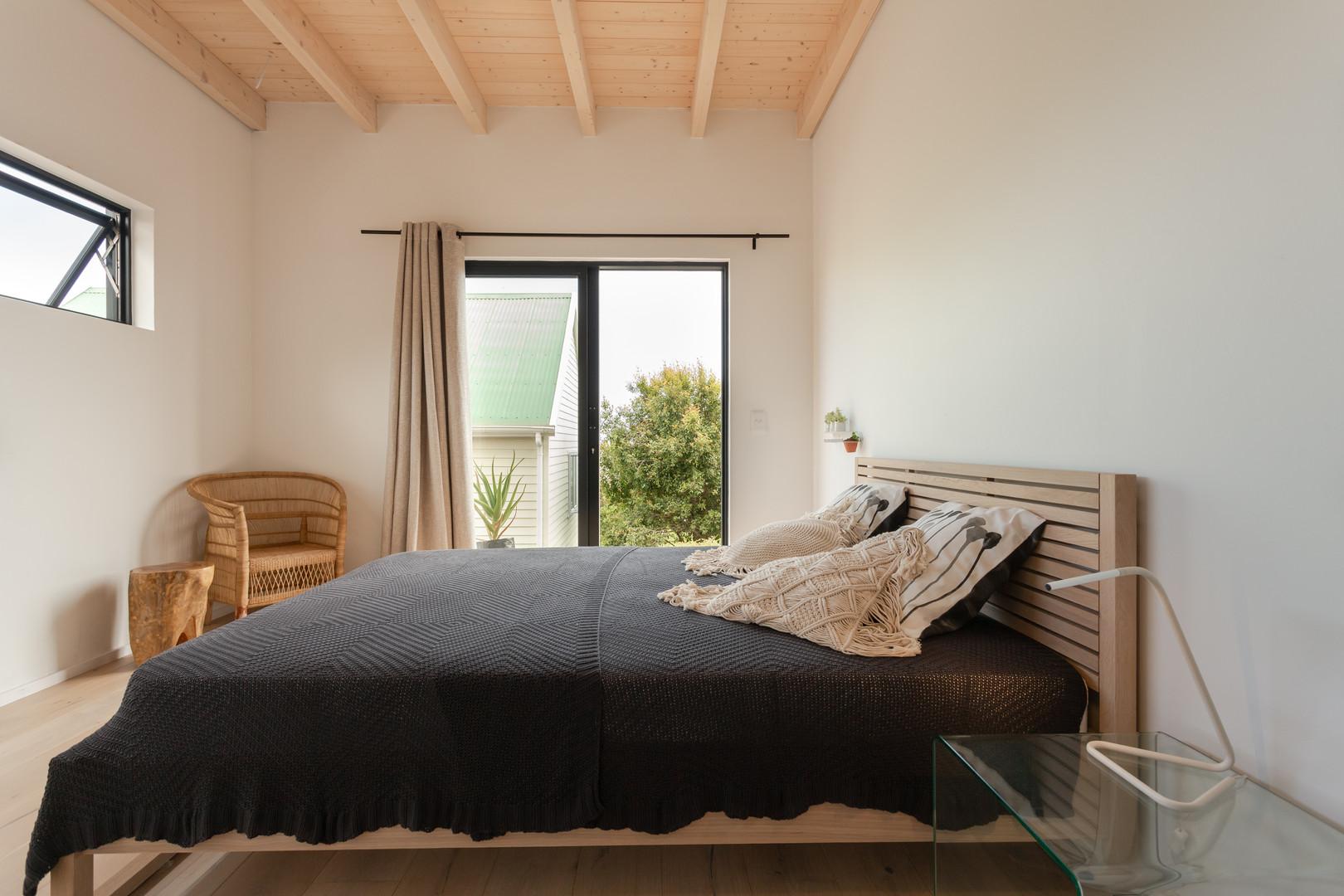loft appt bedroom 1.JPG
