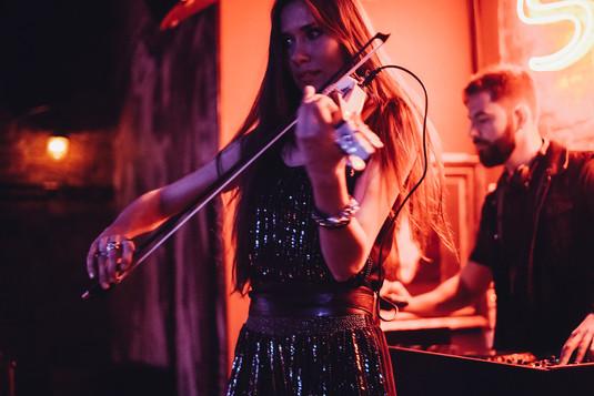 Скрипка и DJ