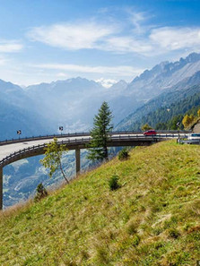 St.-Gotthard-Pass.-Switzerland-26.jpg