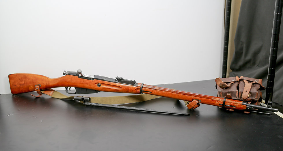 Pre Owned Russian Made M91/30 Rifle, 762x54R w/ Bayonet and Mag Pouches