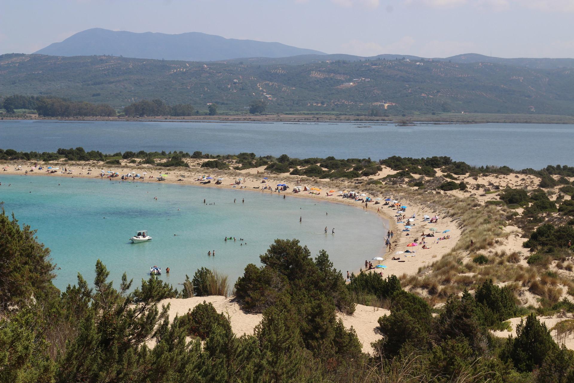 Baia di Navarino, Voudakilia Beach