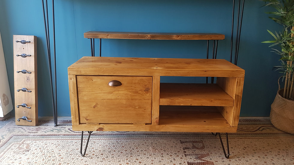 Sherwood TV Unit with Cupboard