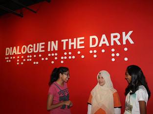 Cuti- Cuti Malaysia In the Dark