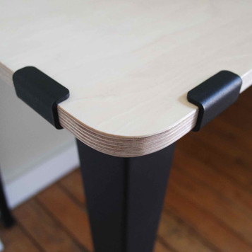 Pied Table Hydle.jpg