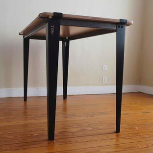 Table Hydle.jpg