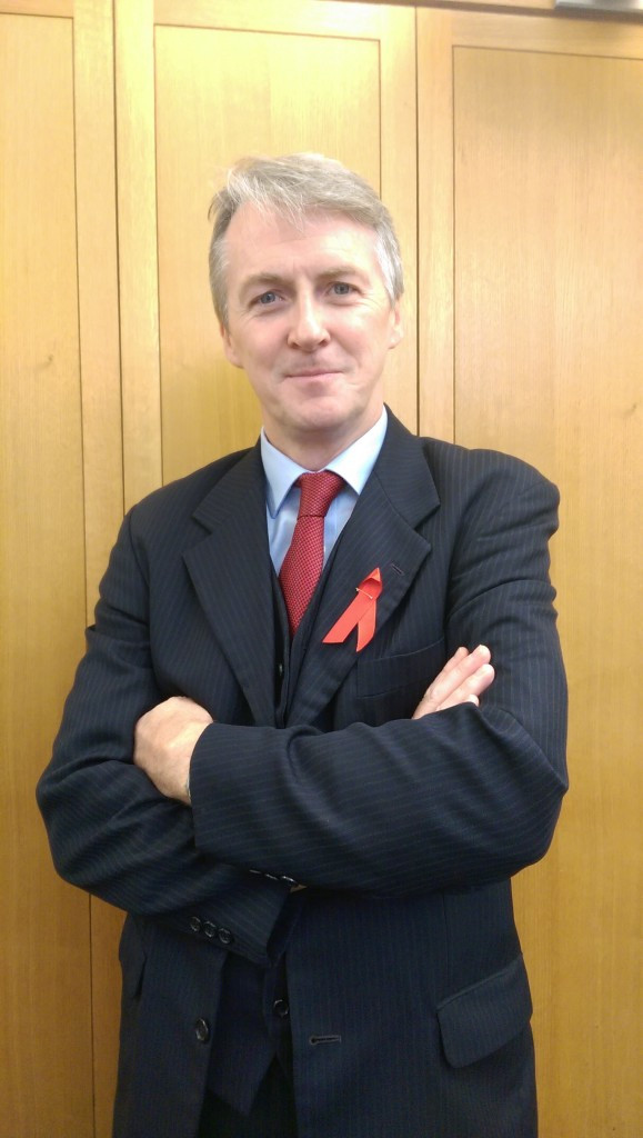 red ribbon huw
