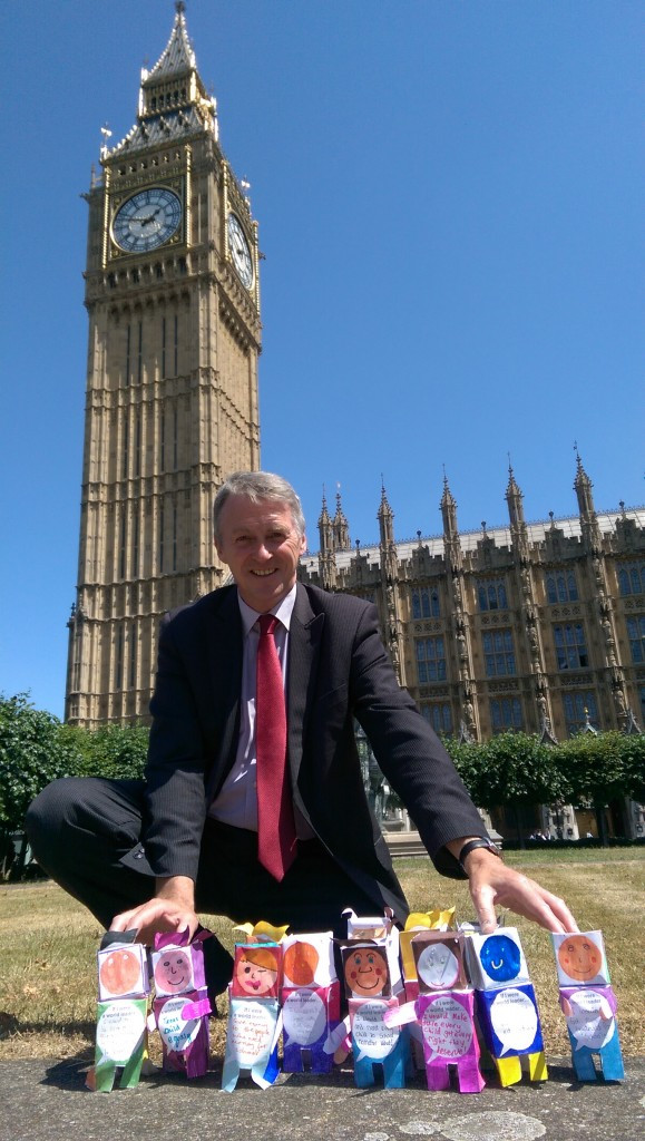 Huw Irranca-Davies MP with world leaders in front of Parliament