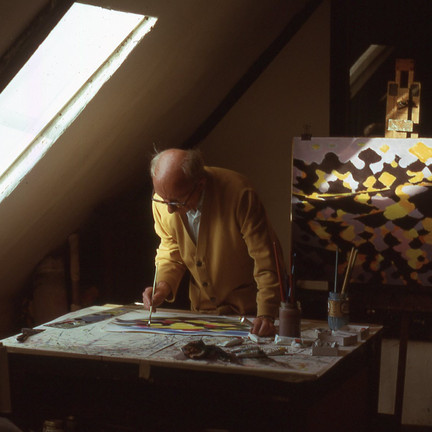 William Gear in photographs: a unique record of an artist at work