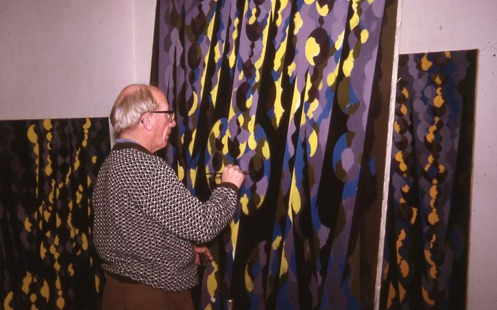 WG in studio, Edgbaston, 1971, photo David Gear