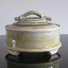 Large Casserole with Textured Handle