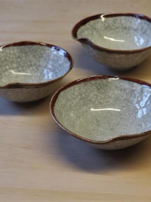 29 A Matheson three crackle glazed bowls 17cm dia each.JPG