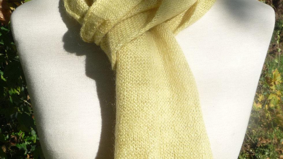 Echarpe Cachemire jaune tricotée 53 gr