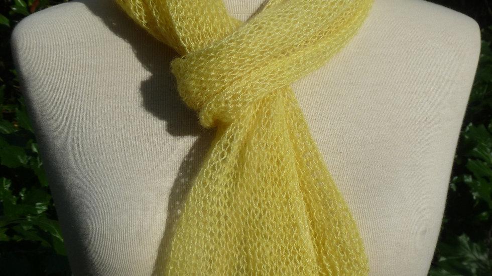 Echarpe Cachemire jaune tricotée fine