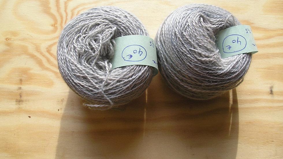 Fil fin 100% Cachemire - taille aiguilles 2,5 - bleu gris