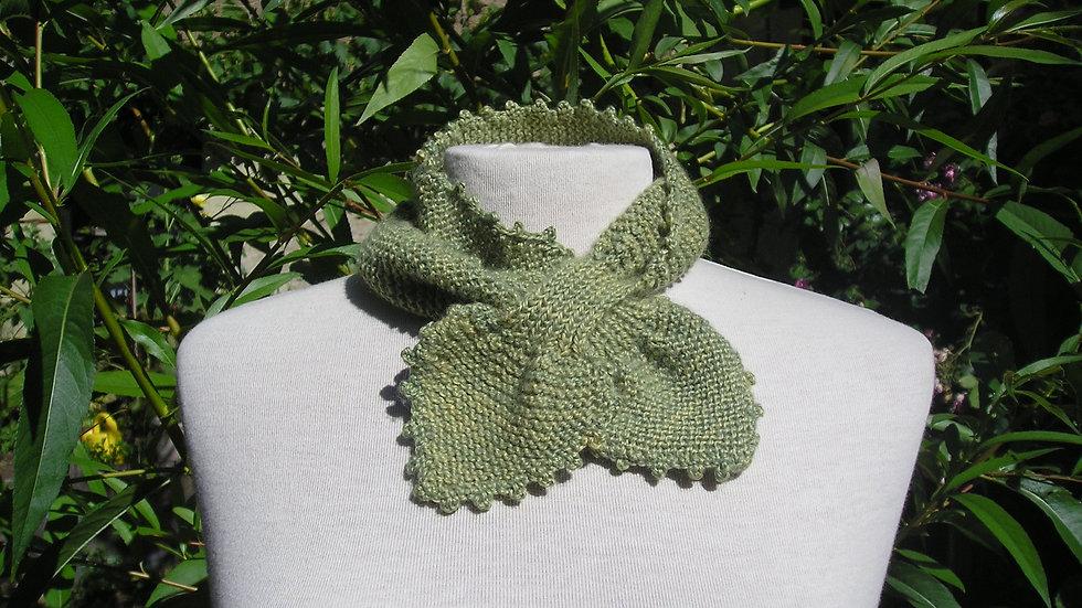 Echarpette Cachemire verte tricotée