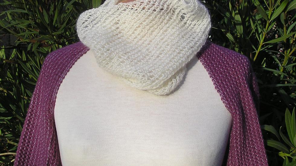 Col ajourré dentelle Cachemire écru tricoté