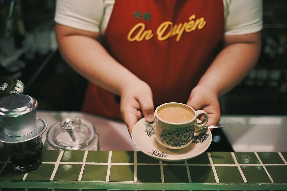 cà phê vợt, cà phê kho, chợ lớn, cholondowntown