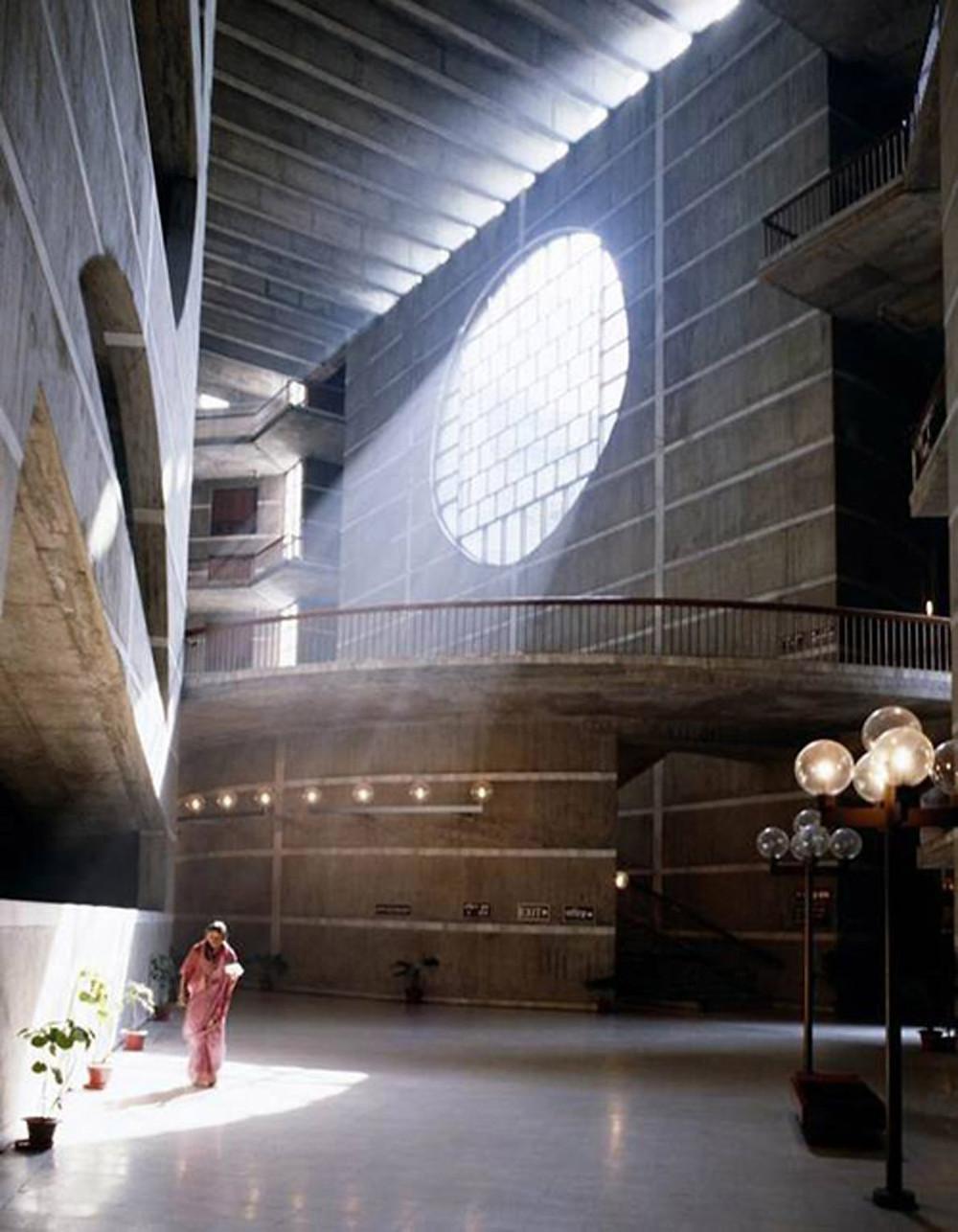 אור טבעי בתכנון אדריכלי | סטודיו85 | אדריכלית שירי מוטס לוין
