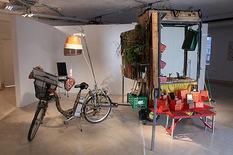 Camille Franch-guerra, Rickshabitaclomarchand, installation