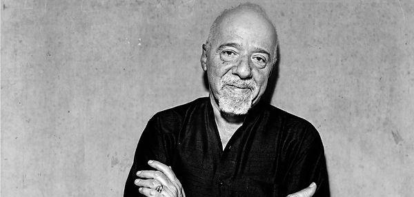 Paulo-Coelho-Home.jpg