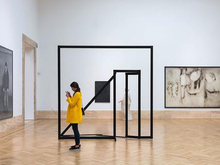 """""""Roberto Cotroneo. Nel teatro dell'arte"""", prorogata la mostra a Milano"""