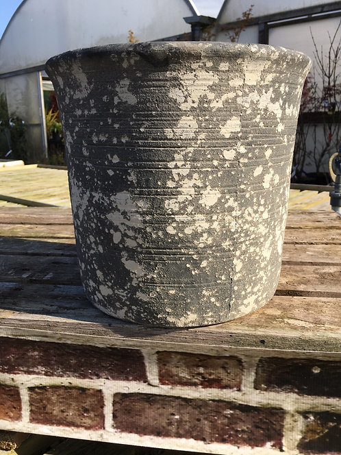 Earthware Pottery 'Grey' M