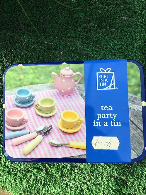 Gift In a Tin 'Tea Party in a Tin'