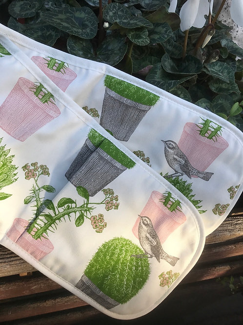 Thornback &Peel Cactus and Bird Oven Gloves