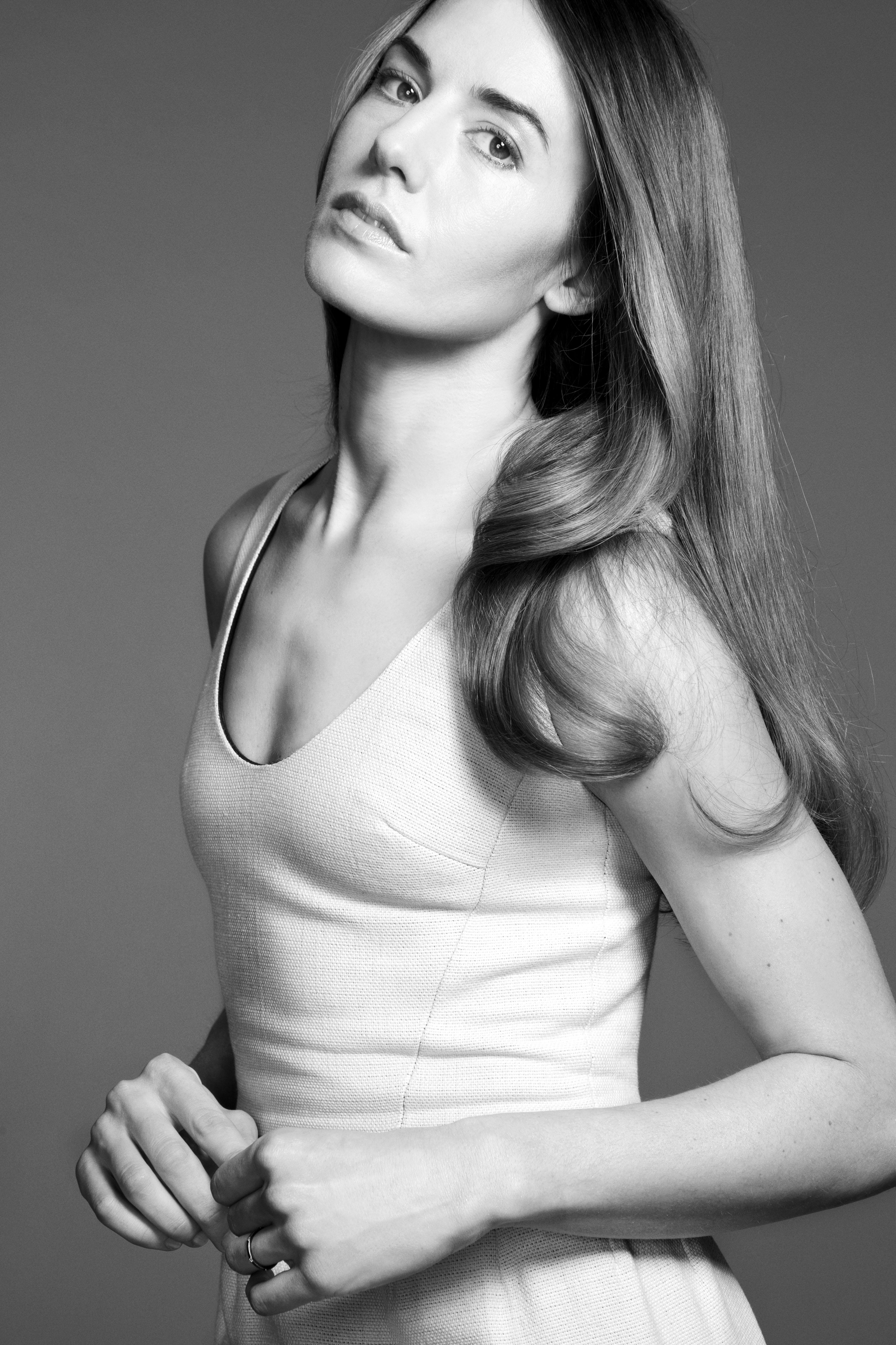 NATASHA ANDREWS Actrice