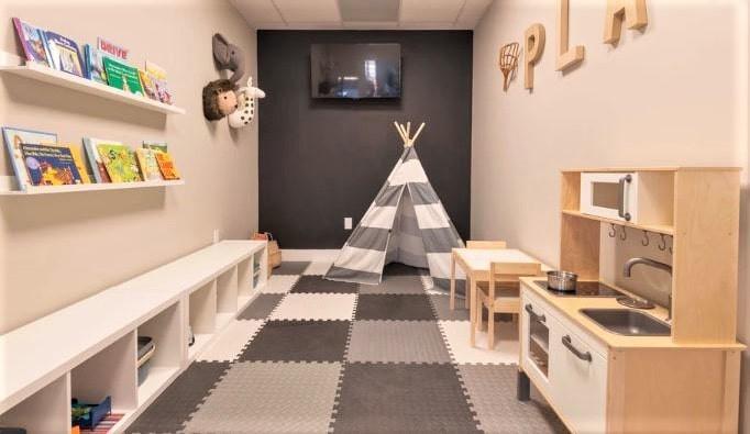 Kids Salon Playhouse