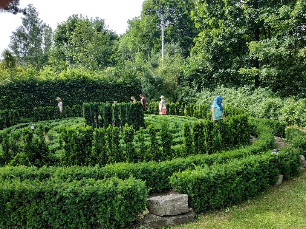 Čarovný labyrint s mandalou