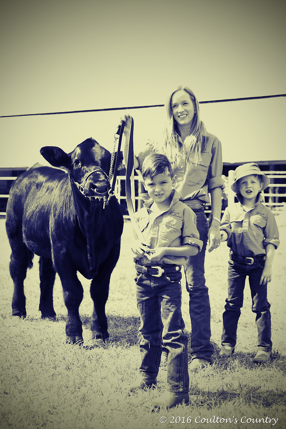 Capturing different moments at the show including this gorgeous one of the Newlands Family.