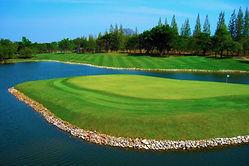 Golf-Course-4-768x511.jpg