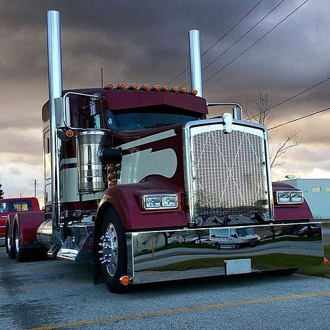 "Trucks_Daily_on_Instagram__""@12GaCusto"