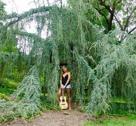 julie savannah music.jpg